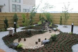 イリ吉川 庭園