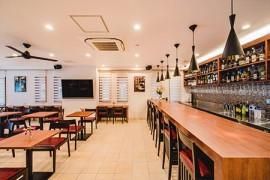 クラ―チ船橋 食堂