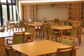 イリ吉川 食堂